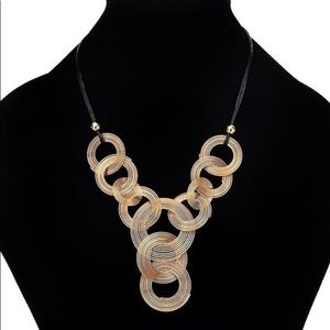 Fashion jewelry bib statement necklace